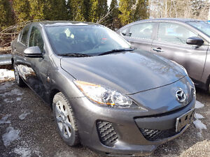 2013 MAZDA 3 FULLY LOADED ACCIDENT FREE CERT & ETESTED
