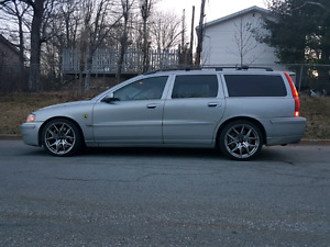 V70R manual AWD turbocharged