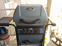 ~~MOVING!! GOOD USED BBQ!! WORKS WELL!! CHEAP AT 50 BUCKS!!~~~