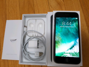 Unlocked iPhone 6S 64GB/ Like New / Accessories + case