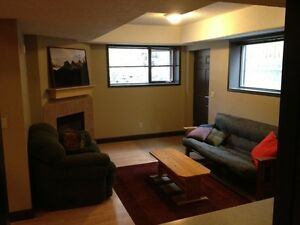 Canmore - 2 bed 1 bath lower level suite. Available Oct 1st