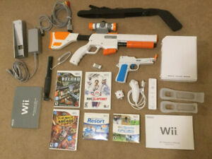 Nintendo Wii Console, Games and Controllers