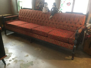Vintage couch Chesterfield