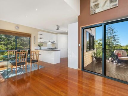 Luxury 2 bedroom   self contained Unit Buderim