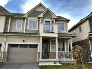 Semi detached house for lease in Niagara-on-the-Lake