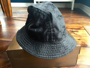 Gucci Bucket hat *Brand new* in the box. 100% Authentic West Island Greater Montréal image 4