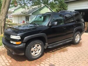 2004 chevy Tahoe z71 4x4 2100 obo MUST GO