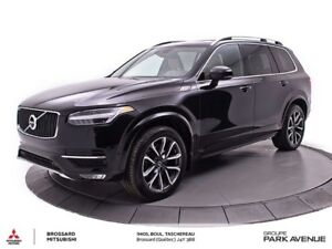2016 Volvo XC90 T6 Momentum AWD NAVI+TOIT *Nouvel Arrivage*