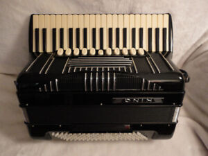 accordion-hohner king-for sale.
