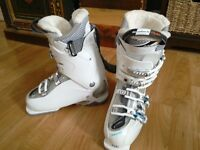 Salomon RS 85W women's white boots worn twice Size 24.5
