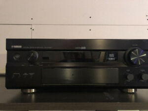 Yamaha RX-V2300 Receiver Mint Condition