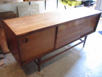 MID CENTURY LONG CREDENZA / Great makeover project