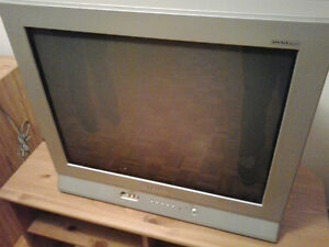 "Samsung 27"" CRT Flat screen TV"