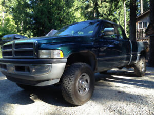 1997 Dodge Power Ram 2500 SLT LARMIE Pickup Truck