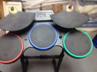 Drum - bagette -pedale + GREEN Day rockband 55$NEGO