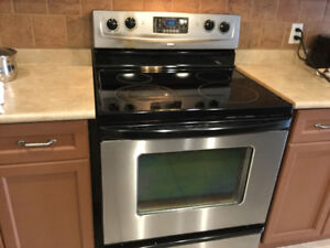 Whirlpool four burner electric range