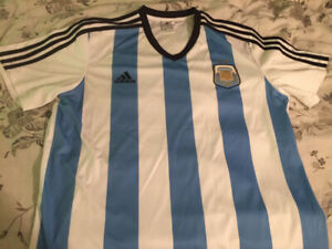 9521e1968c1 ARGENTINA NATIONAL TEAM SOCCER JERSEY -  30 OBO