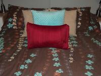 Housse de couette et coussins pour grand lit (queen)