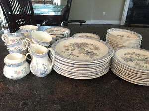 Vintage Royal Doulton Coniston 73 piece dinner set