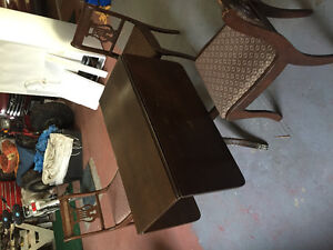 Antique table and chairs Kawartha Lakes Peterborough Area image 2