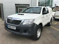 2015 Toyota Hi-Lux 2.5 D-4D Active Double Cab Pickup 4WD 4dr Diesel white Manual