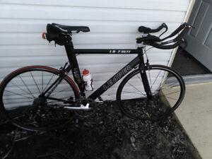 vélo de route /  de triathlon