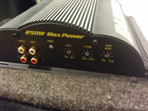 "Subwoofer speaker 10"" box & Amp 250 watts. Cambridge Kitchener Area image 3"