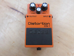 **DYNAMIC DISTORTION** Boss DS-1 Guitar Pedal