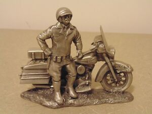 """Harley Davidson """"Keeping the Peace """" Fine Pewter Police Sculptur"""