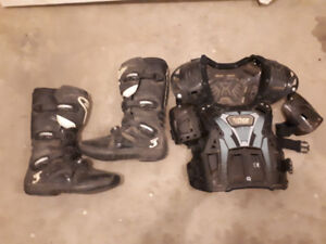 Alinestar tech 3 boots & Thor chest protector