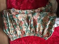 4 Curtains very long old fashion,no damage