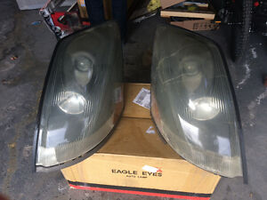 2 headlights + 1 Front middle bumper