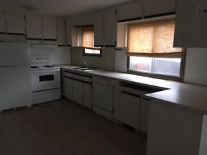Mobile Home for Sale    Large eat in kitchen, fully equipped, in