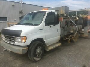 1996 Ford E-350 Line Painter Truck