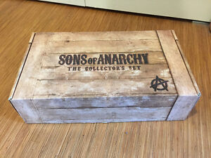 Sons of Anarchy Collector's Set. Blu-Ray Seasons 1-6.