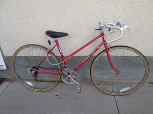 Ladies Road bike Good for shorter person