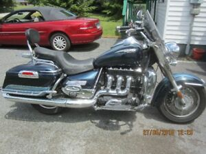 Price reduced. 2008 Triumph Rocket III Touring