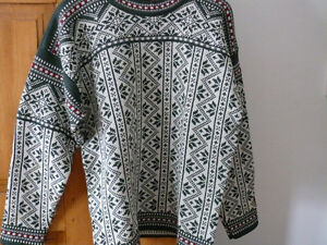 Black Canyon pullover. New.