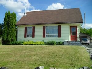 Bright, spacious 1 1/2 Storey House for Sale in Manitouwadge