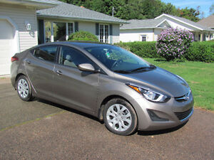 2014 Hyundai Elantra Sedan LOW LOW MILEAGE