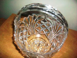 Fine Crystal basket and crystal vase made in Germany Cambridge Kitchener Area image 2