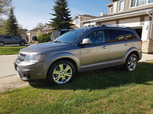 2013 Dodge Journey R/T AWD... Excellent Condition!!!