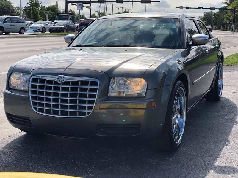 Image 1 Voiture American used Chrysler 300 Series 2009