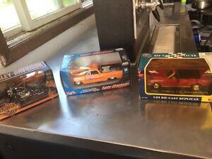 Die cast cars and Harley Davidson  Stratford Kitchener Area image 1