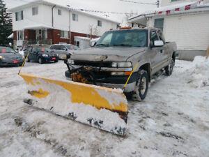2002 Chevrolet Silverado 2500HD 4x4 with Meyer snow plow