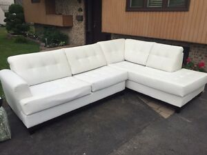 Sectionnel sofa