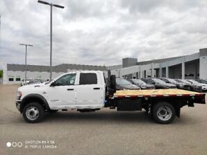 2019 RAM 5500 CHASSIS W/ DECK INSTALLED