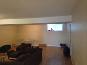 Rooms for rent near Fleming College Peterborough Peterborough Area image 3