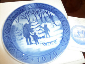 Royal Copenhagen Year Plates