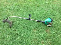 Like new feather lite weedeater 25cc,easy start